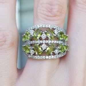 Jewelry - 🆕️S925- Green Peridot/ White Cubic Zirconia Ring